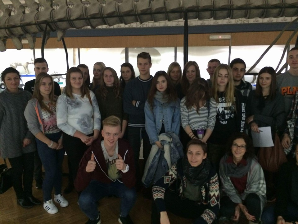 Licealiści z Zana w Instytucie Biologii Uniwersytetu Wrocławskiego