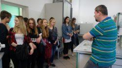 Wizyta w laboratorium Spółki Komunalnej we Wschowie